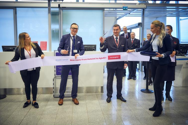 Helsinki-Vantaalla juhlittiin Norwegianin reittiavauksia Tel Aviviin ja Agadiriin