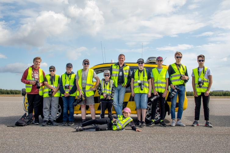 Group photo of spotters at HELspotting day 2019