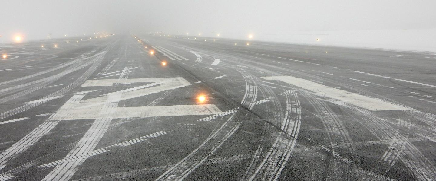 Runway  in vinter