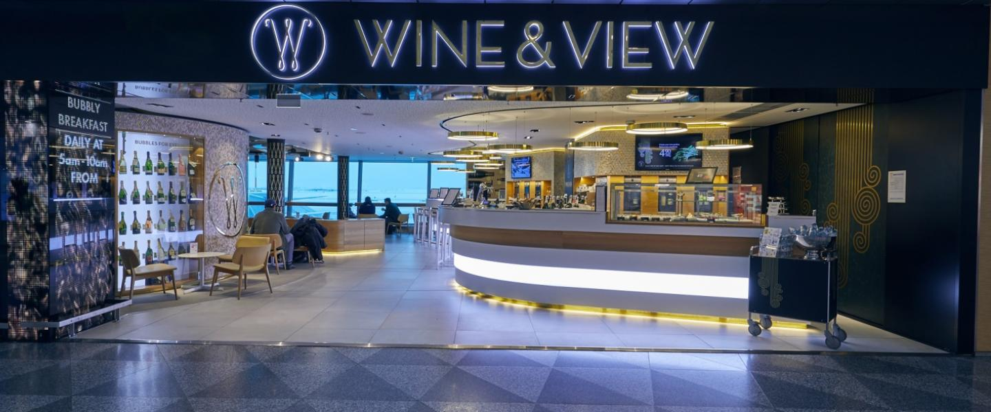 The front of Wine&view wine bar