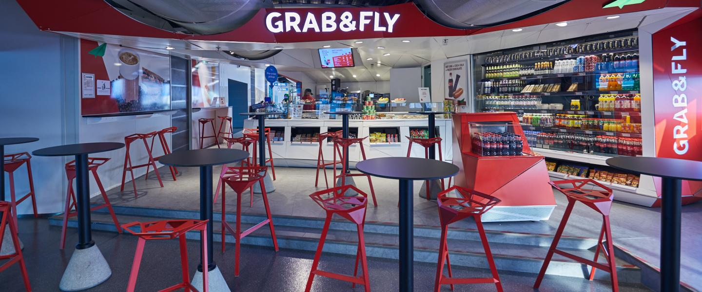 The front of Grab & fly cafe
