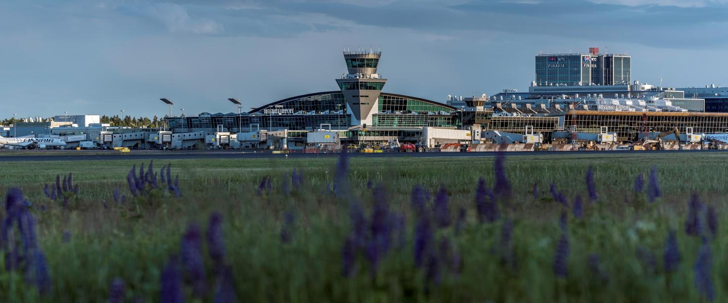 Helsinki Airport terminal from apron