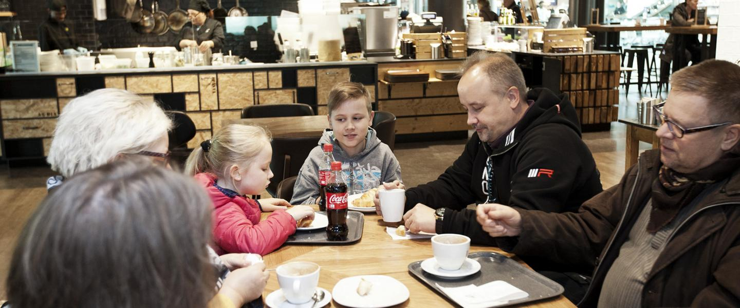 Eat Well Travel Hy Best Restaurants For Families At Helsinki Airport