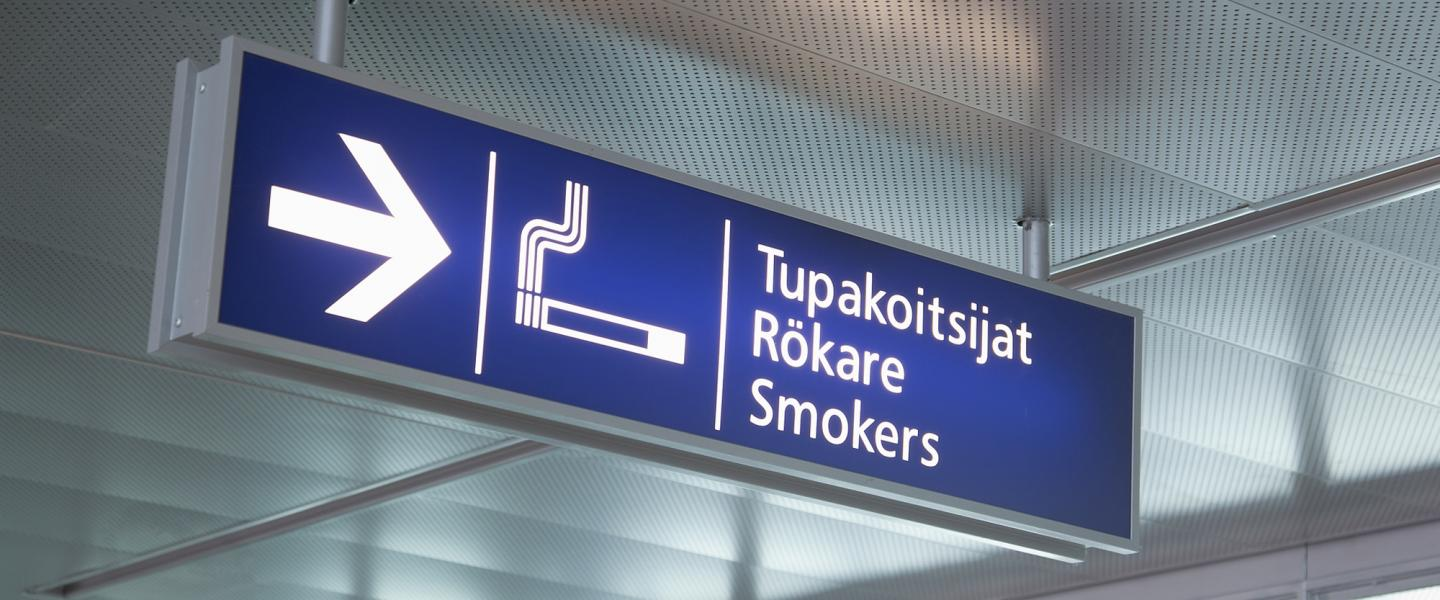 helsinki_smoking_room2.jpg