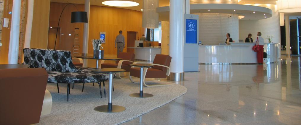 Hilton Helsinki Airport reception