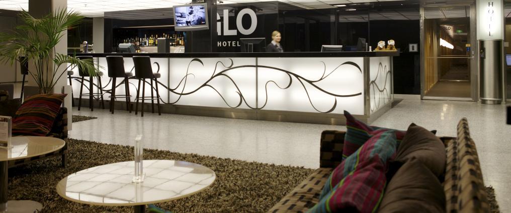 Glo Hotel Airportin reception